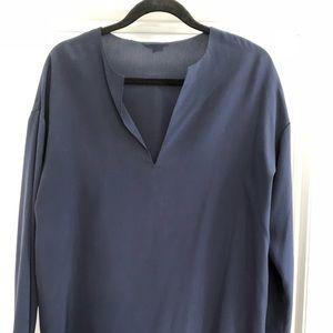 Vince navy blue top